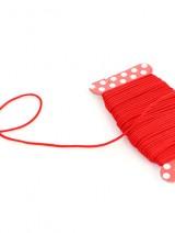 赤い糸のモニュメント